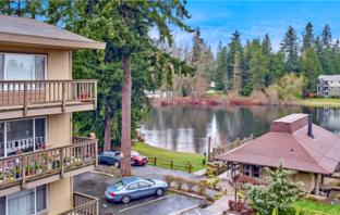 Everett's Lakeside Apartments Sell For $6.4 Million