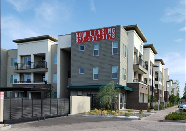 Multifamily Rents Grow More Slowly as 2019 Shapes Up to Be a Weak Year except in Phoenix apartments which show growth